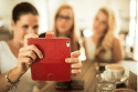 FIXED FIT knižkové puzdro iPhone 8, červene